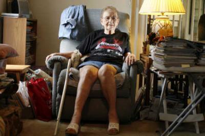 Fan de Metallica a los 85 años