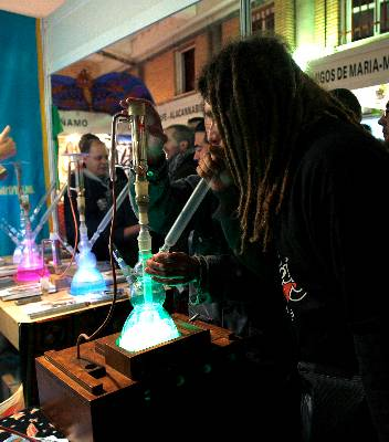 El aroma del cannabis embriaga Leganés